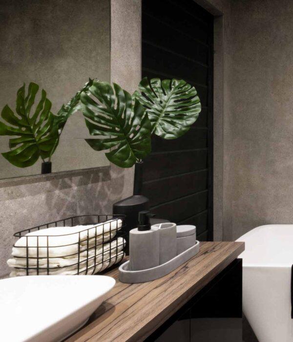 Water Resistant Bathroom Wall Refurbishing Winchester