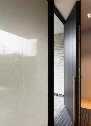 Glass covering using SQUID Front door window